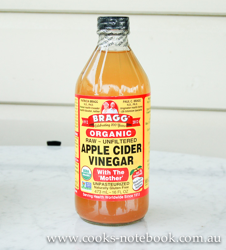 My top 5 ways to use apple cider vinegar AND a competition