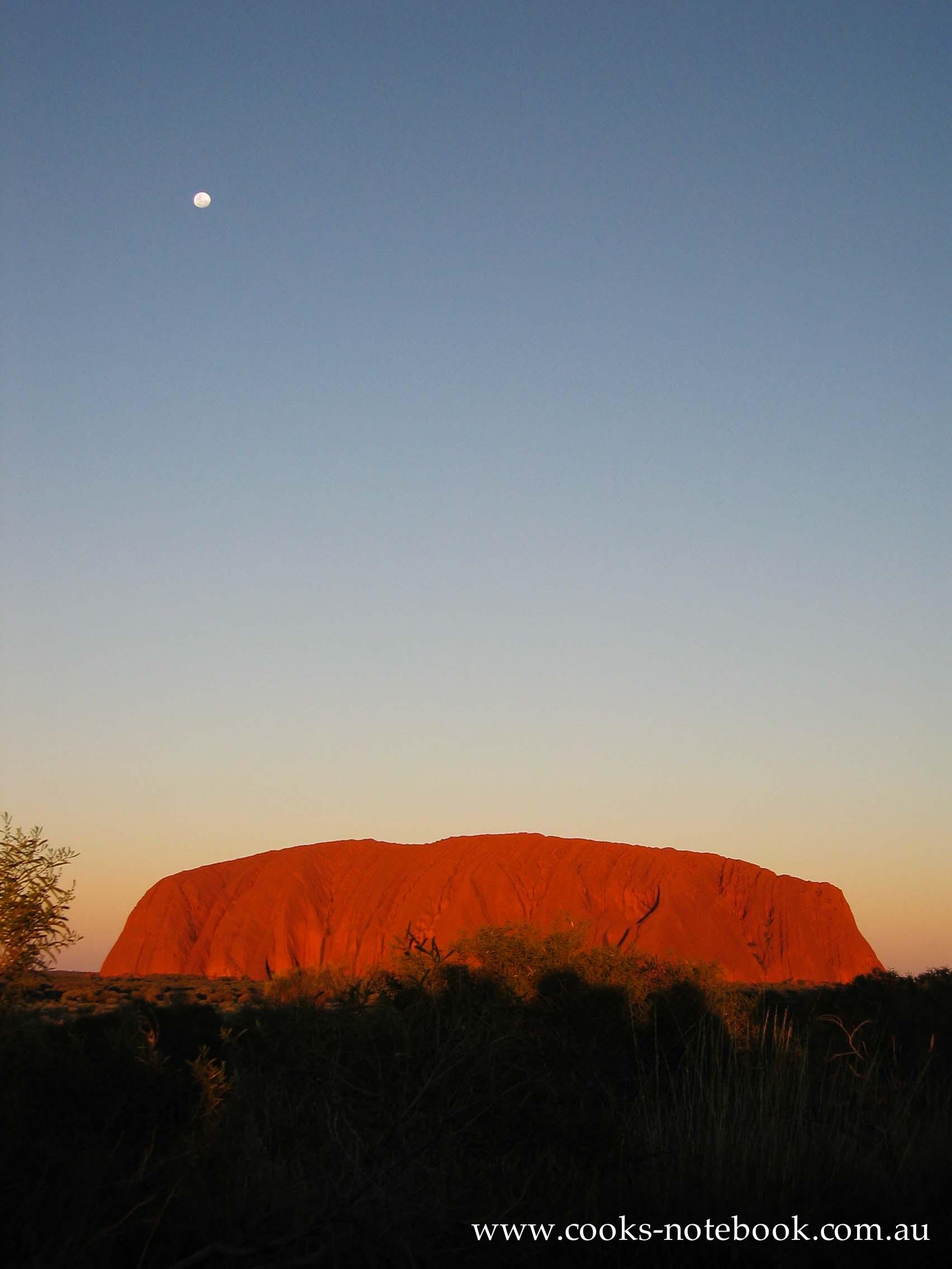 A-Z Guidebook – Ayers Rock (Uluru), Australia